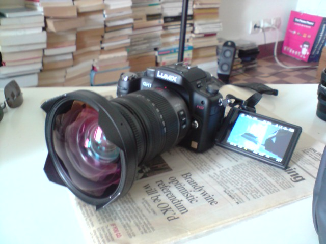 GH1 + Wide angle converter x0.7